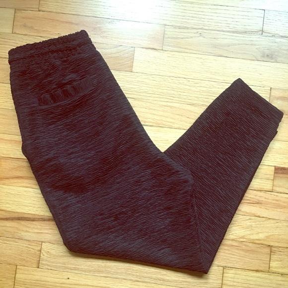 """H&M Pants - H&M black textured jogger pants, size 4, 26"""""""